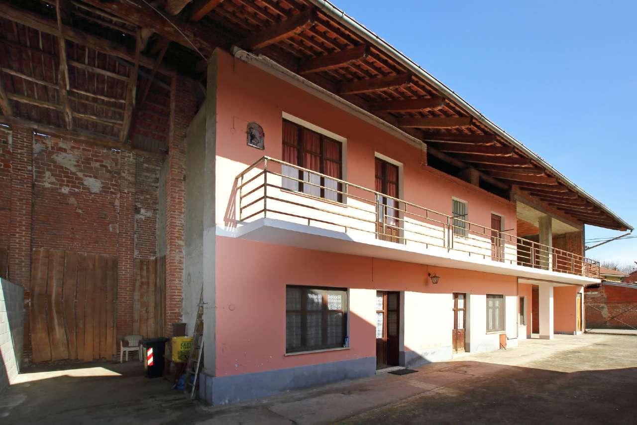 Soluzione Indipendente in vendita a Chivasso, 4 locali, prezzo € 89.000 | CambioCasa.it
