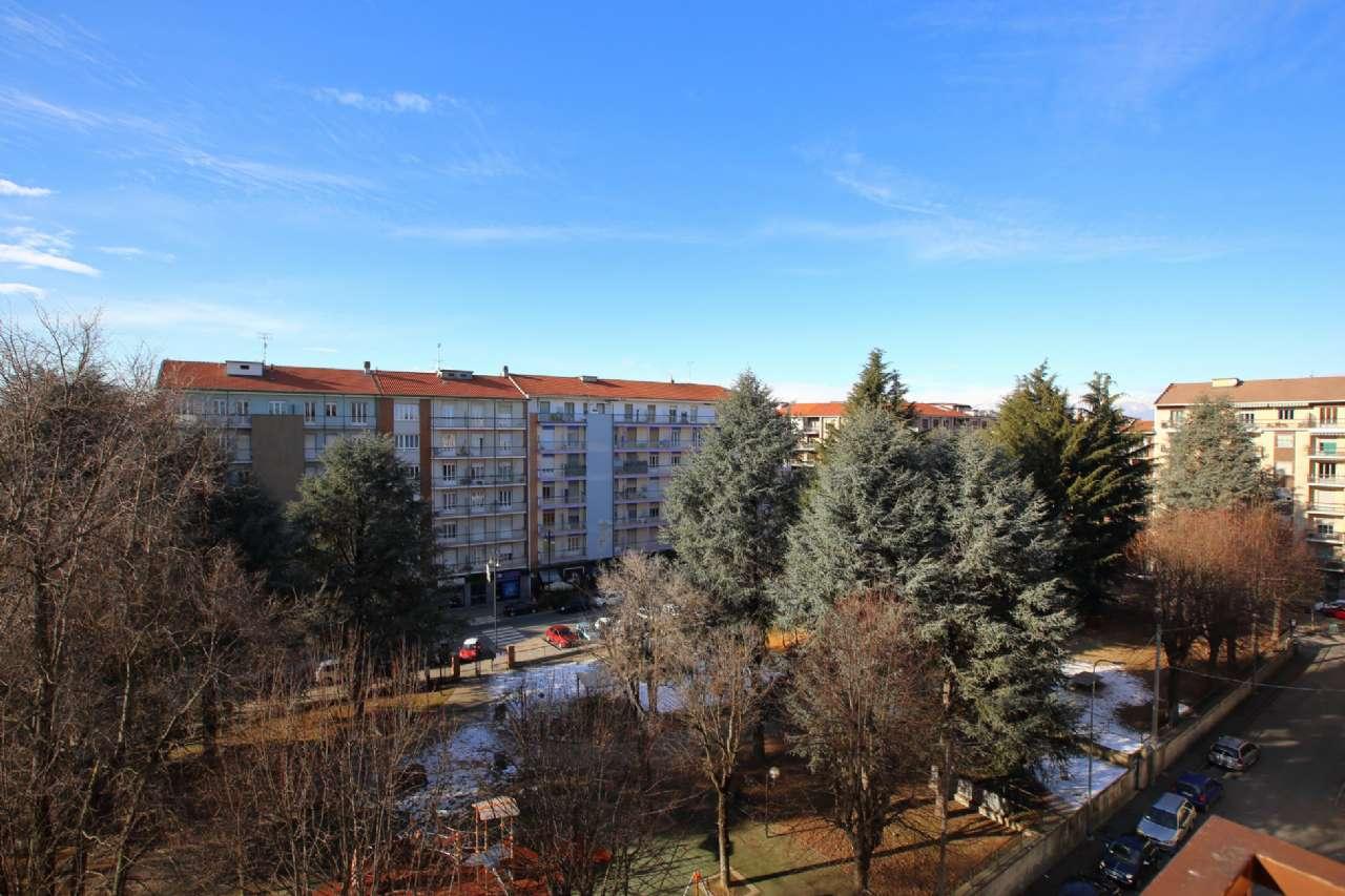 Foto 1 di Appartamento via Corti, Chivasso