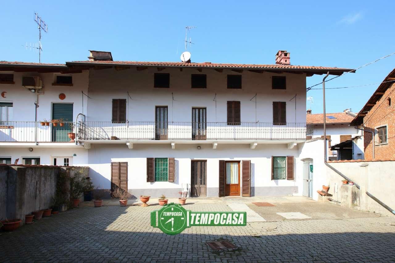 Foto 1 di Casa indipendente vicolo dei Garioni, frazione Casabianca, Verolengo