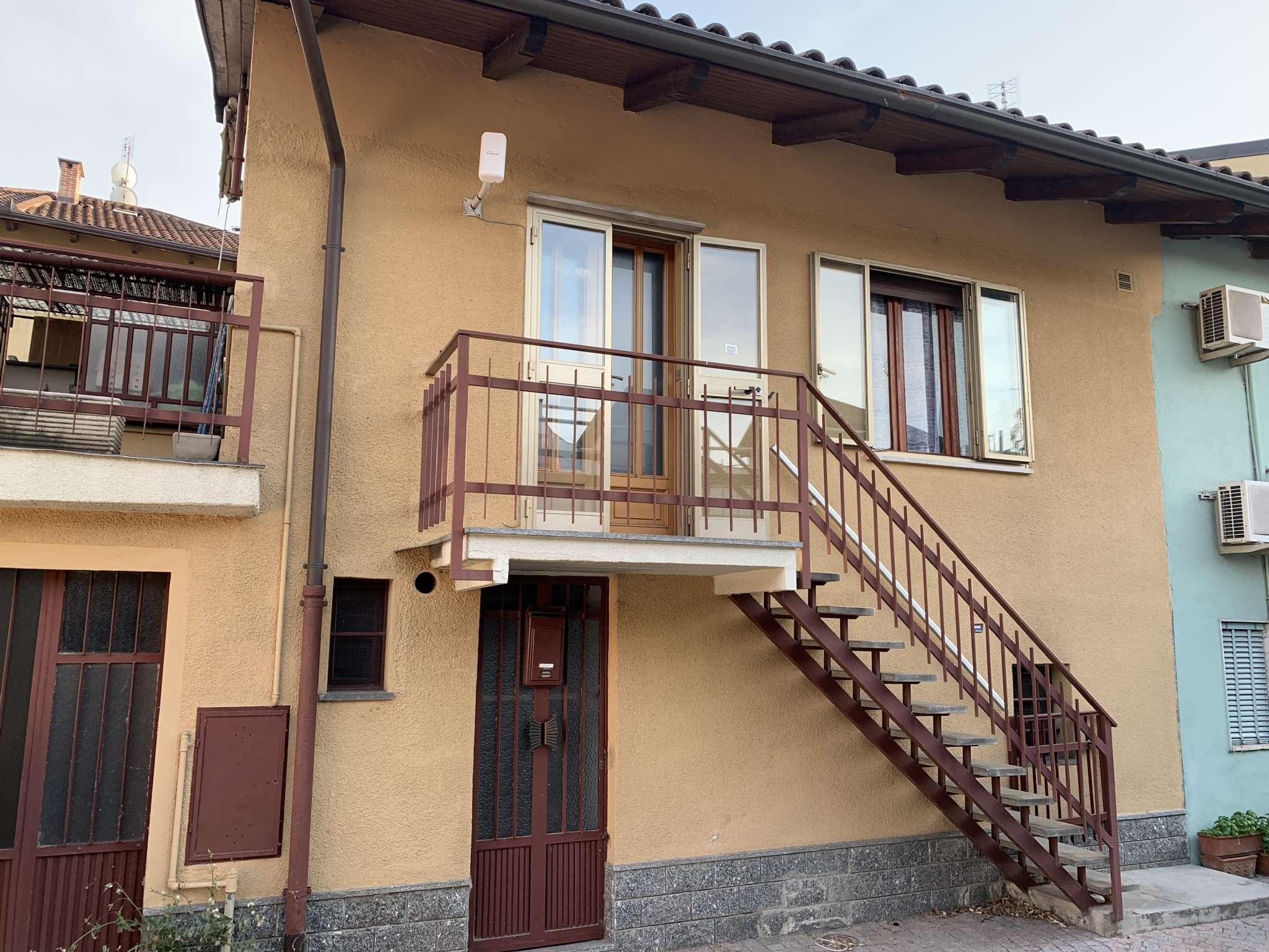 Foto 1 di Casa indipendente strada comunale di mirafiori 35/15, Torino (zona Mirafiori)
