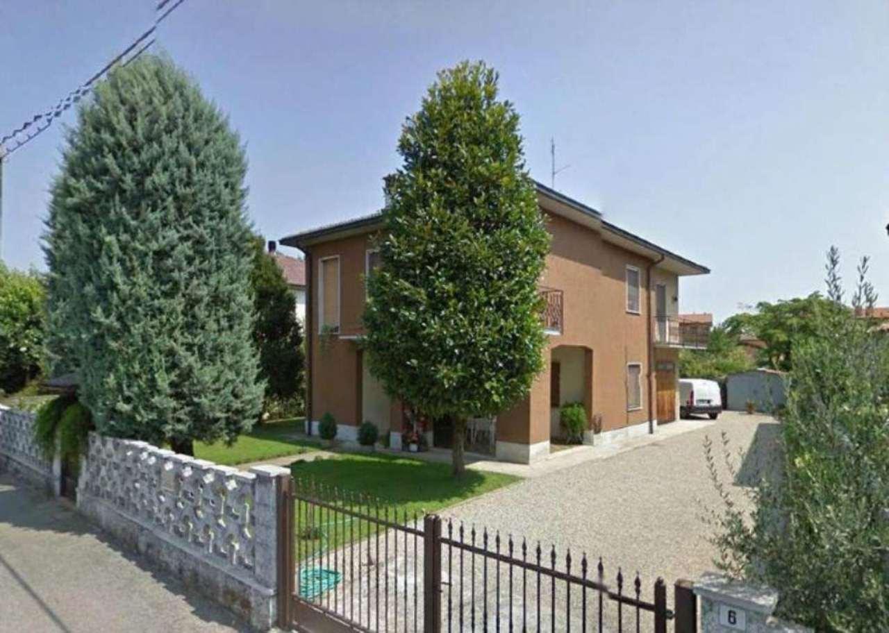 Villa in vendita a Casaletto Ceredano, 10 locali, prezzo € 199.000 | Cambio Casa.it