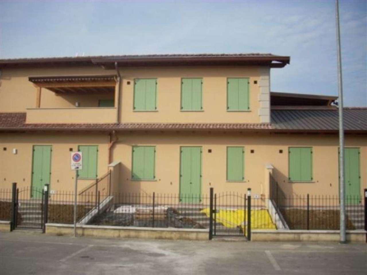 Villa in vendita a Monte Cremasco, 2 locali, prezzo € 100.000 | Cambio Casa.it