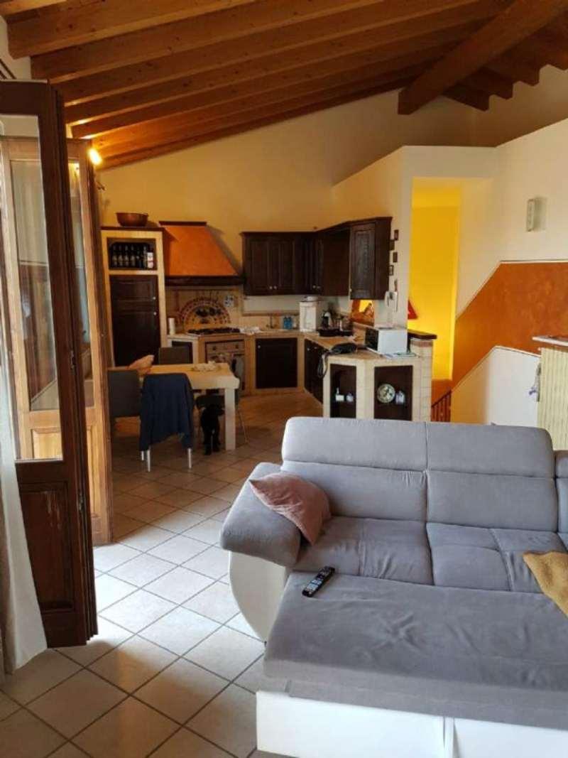 Villa Bifamiliare in vendita a Credera Rubbiano, 6 locali, prezzo € 265.000 | Cambio Casa.it