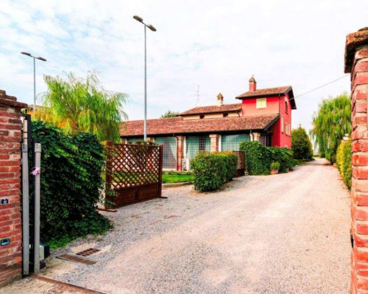 Attività / Licenza in vendita a Lodi, 25 locali, prezzo € 1.500.000 | Cambio Casa.it