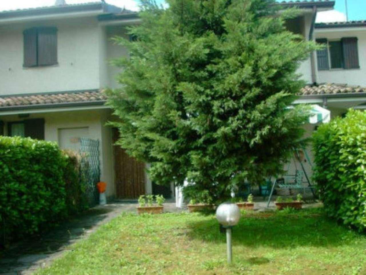 Villa a Schiera in vendita a Monte Cremasco, 5 locali, prezzo € 160.000 | Cambio Casa.it
