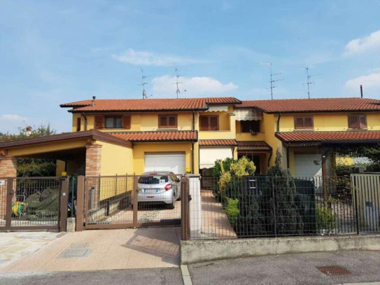 Villa a Schiera in vendita a Offanengo, 4 locali, prezzo € 155.000 | Cambio Casa.it