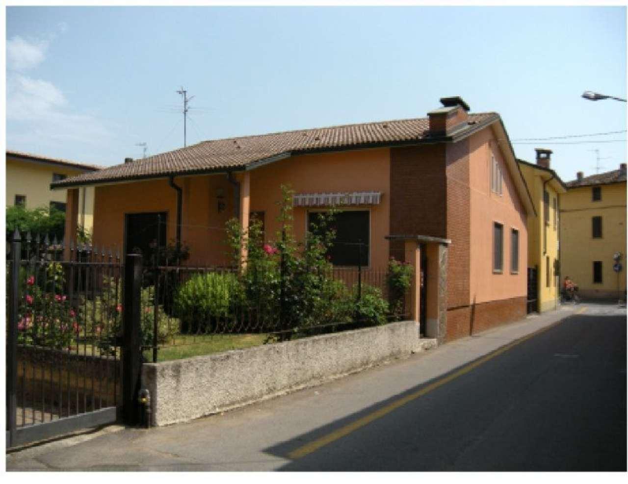 Villa in vendita a Crema, 4 locali, prezzo € 119.000 | Cambio Casa.it