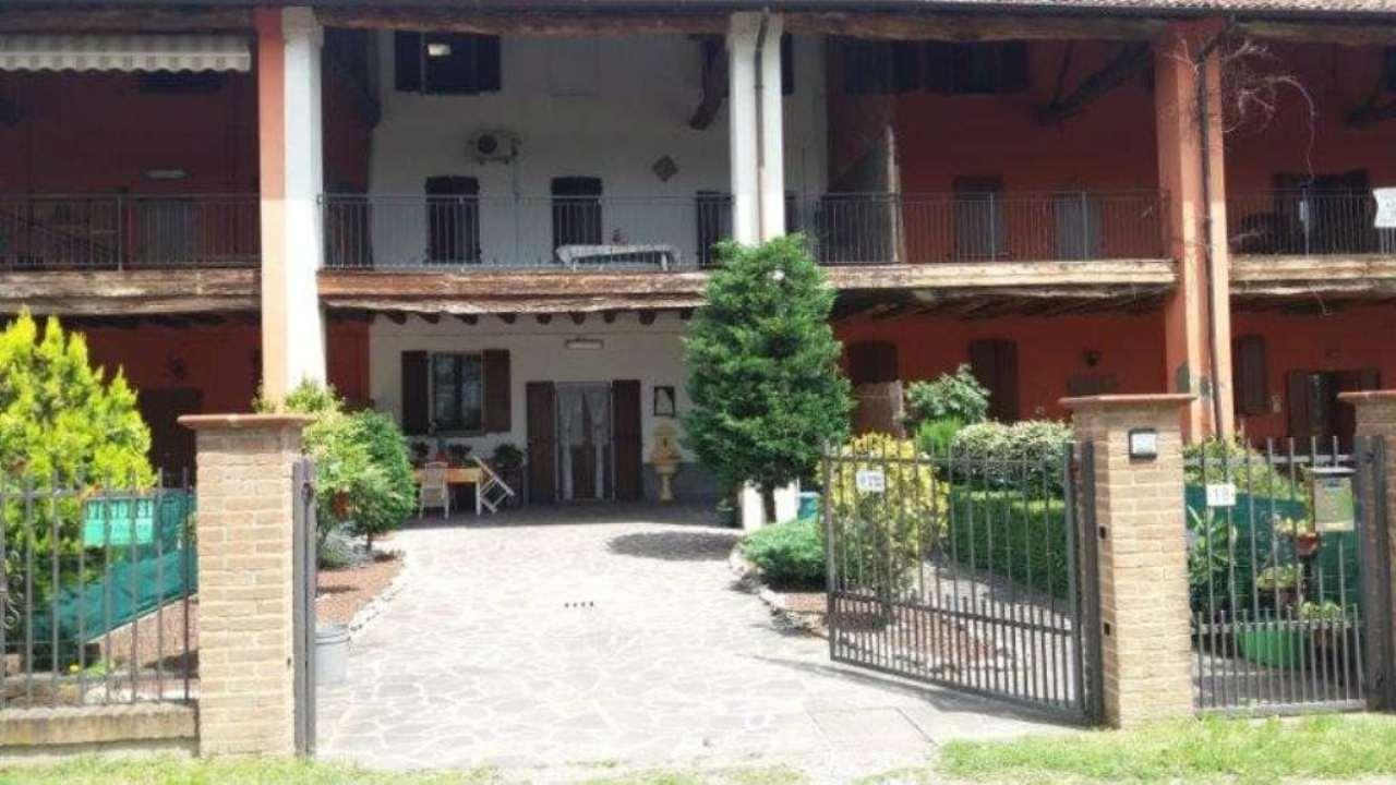 Soluzione Indipendente in vendita a Pandino, 5 locali, prezzo € 225.000 | Cambio Casa.it
