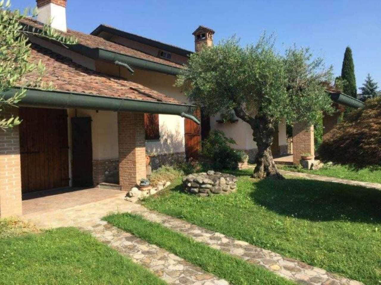 Villa in vendita a Bagnolo Cremasco, 5 locali, prezzo € 330.000 | Cambio Casa.it