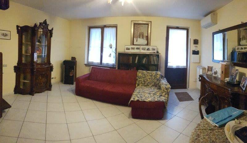 Villa in vendita a Offanengo, 4 locali, prezzo € 135.000 | Cambio Casa.it