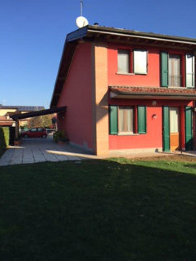 Villa a Schiera in vendita a Monte Cremasco, 4 locali, prezzo € 220.000 | Cambio Casa.it