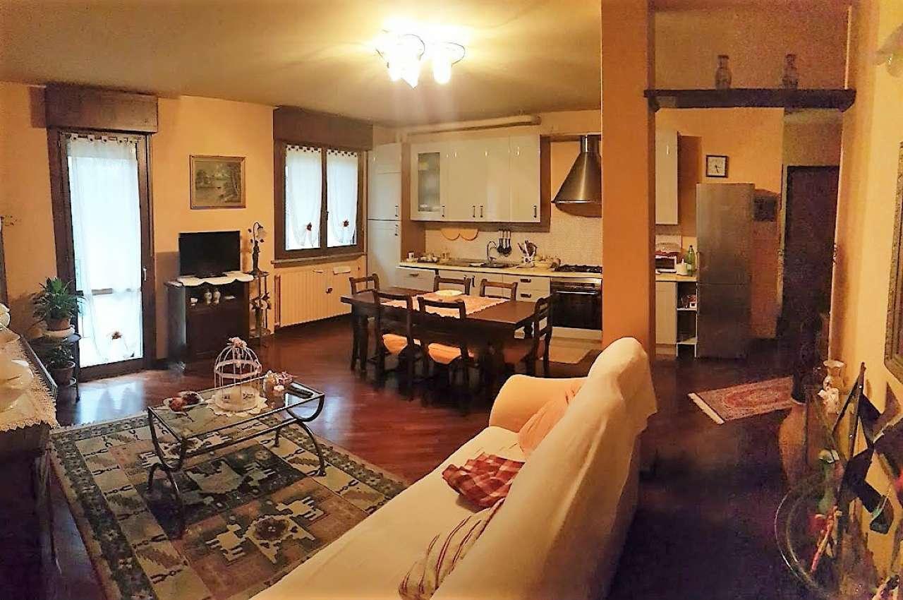 Appartamento in vendita a Capergnanica, 3 locali, prezzo € 130.000 | Cambio Casa.it