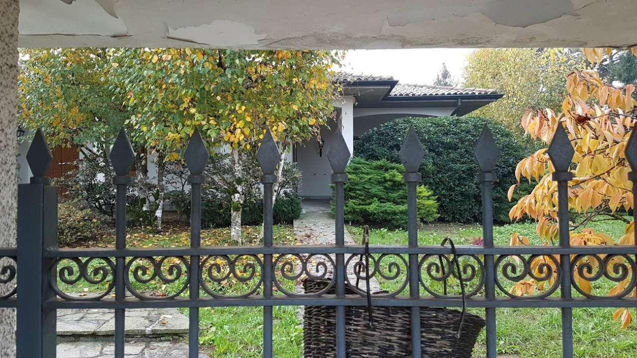 Villa in vendita a Crema, 9999 locali, prezzo € 349.000 | Cambio Casa.it