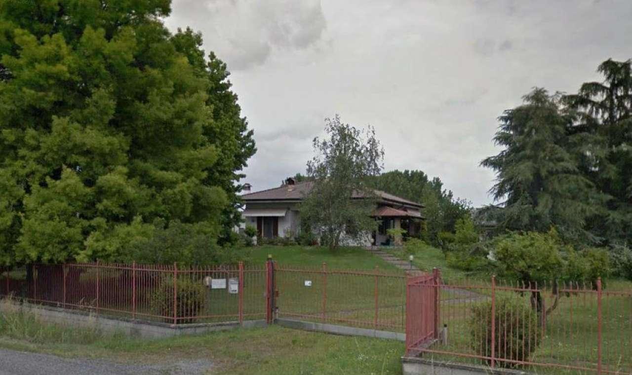 Villa in vendita a Castelleone, 5 locali, prezzo € 300.000 | Cambio Casa.it