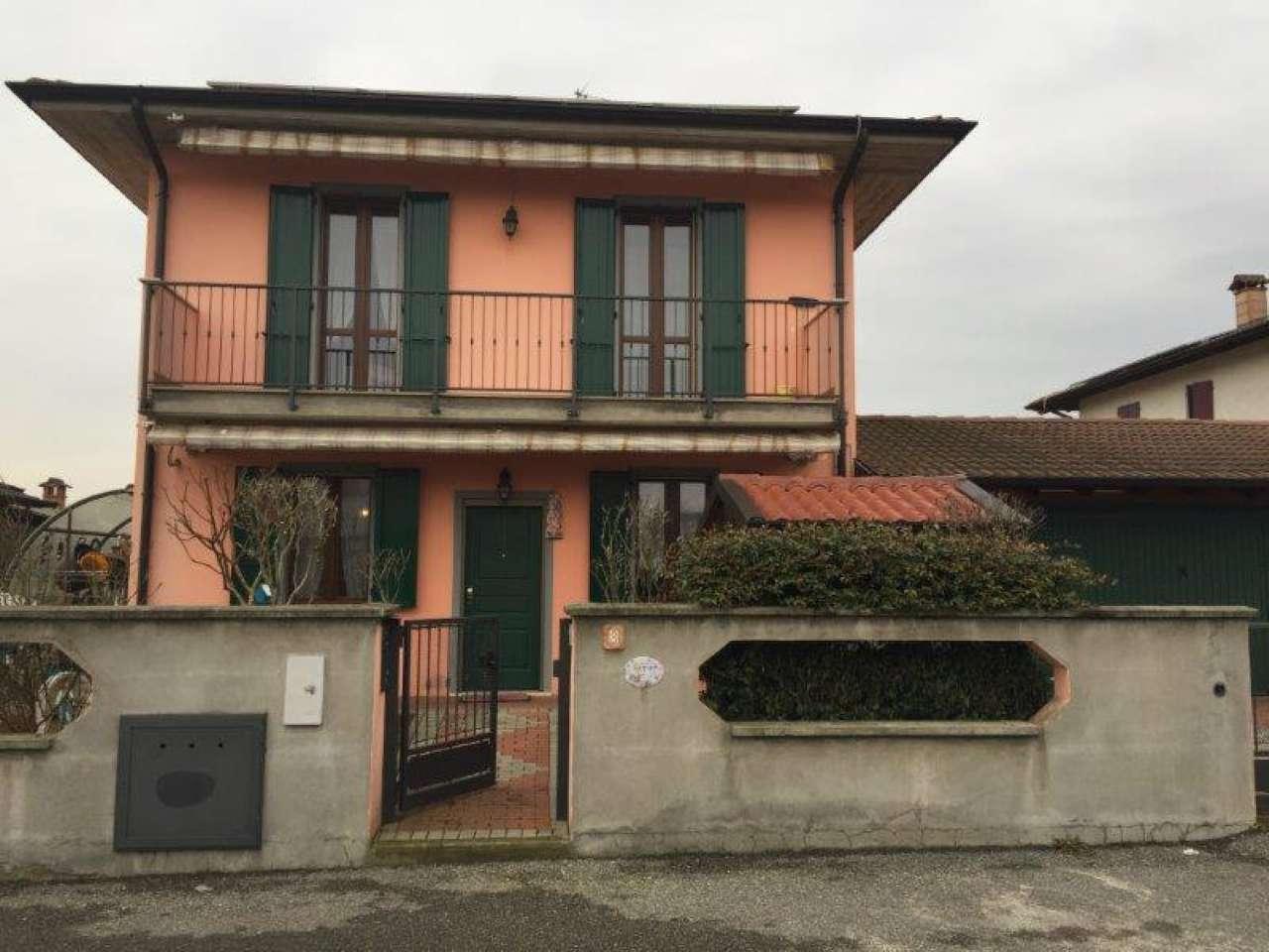 Villa a Schiera in vendita a San Bassano, 4 locali, prezzo € 185.000 | Cambio Casa.it