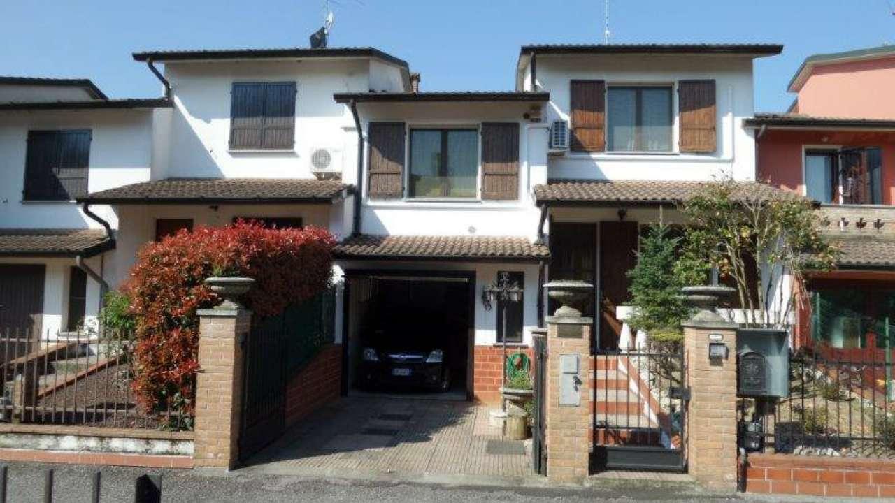 Villa a Schiera in Vendita a Palazzo Pignano