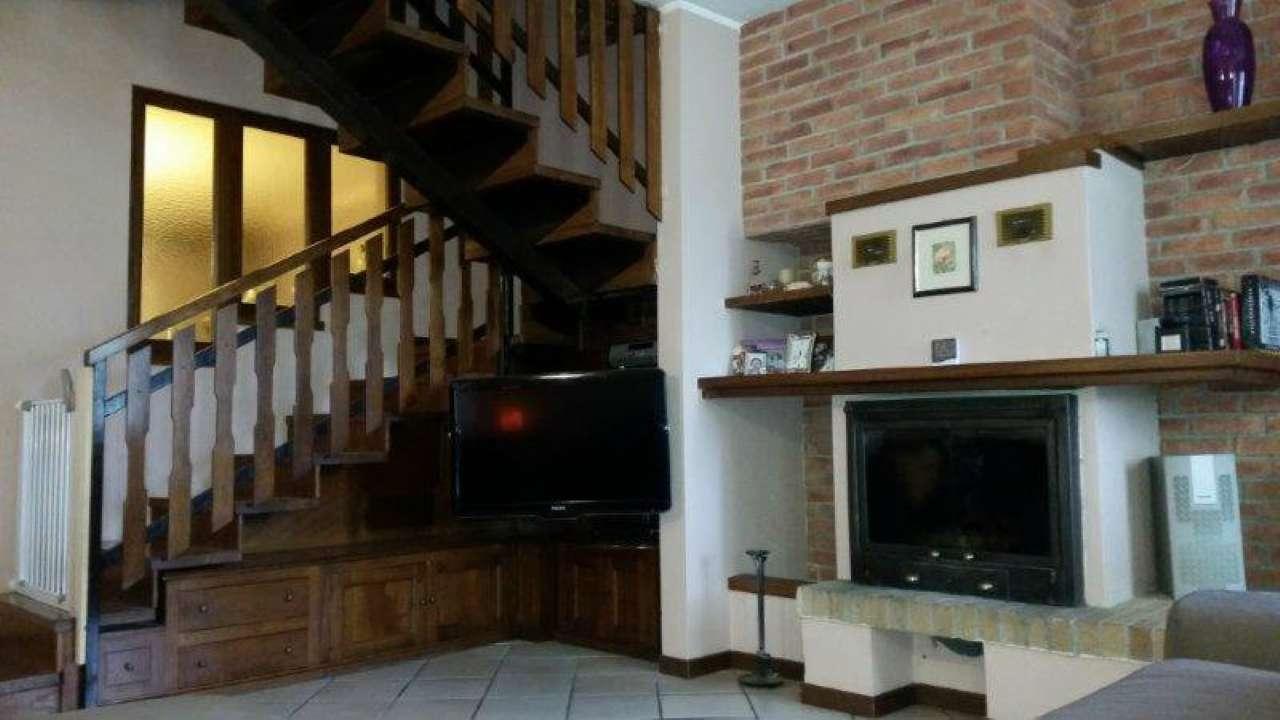 Villa in vendita a Ripalta Guerina, 4 locali, prezzo € 195.000 | Cambio Casa.it