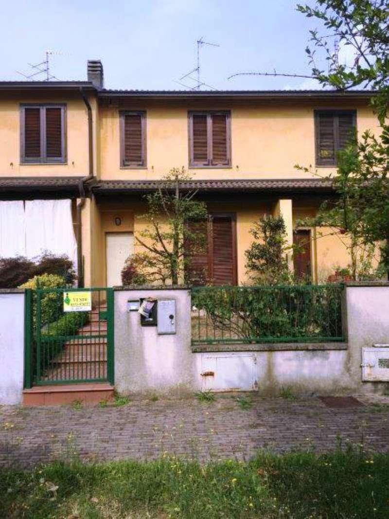 Villa in vendita a Montodine, 3 locali, prezzo € 120.000   CambioCasa.it
