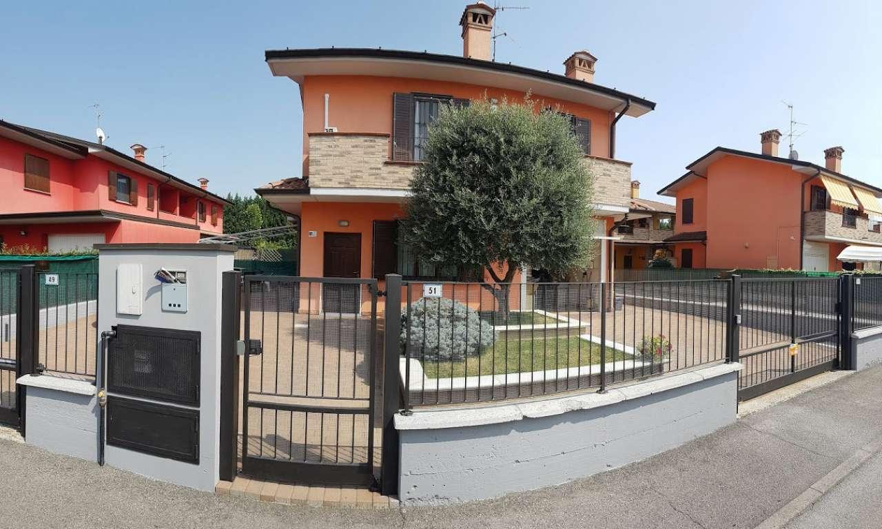 Villa in Vendita a Chieve
