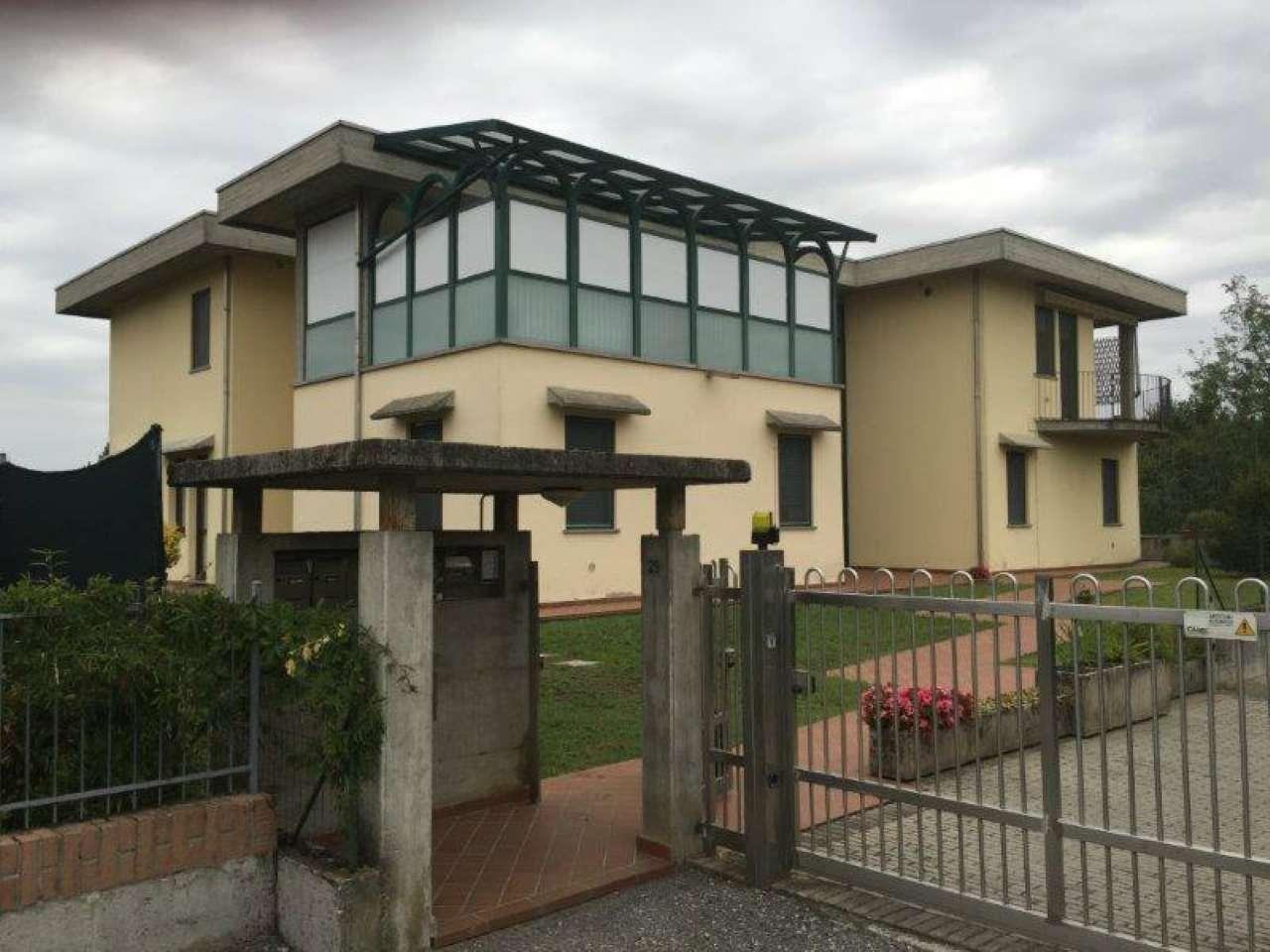 Appartamento in vendita a Monte Cremasco, 3 locali, prezzo € 90.000   CambioCasa.it