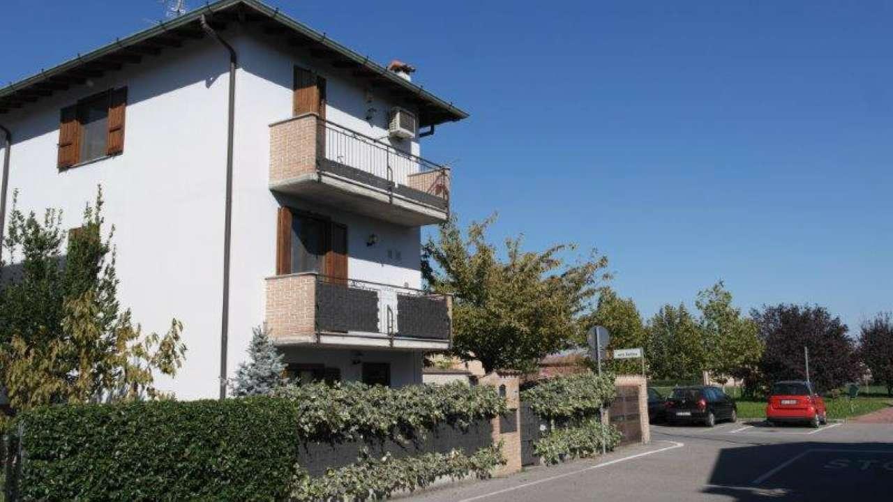 Villa a Schiera in Vendita a Trescore Cremasco
