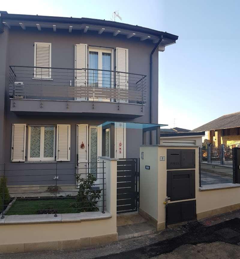 Villa a Schiera in Vendita a Montodine