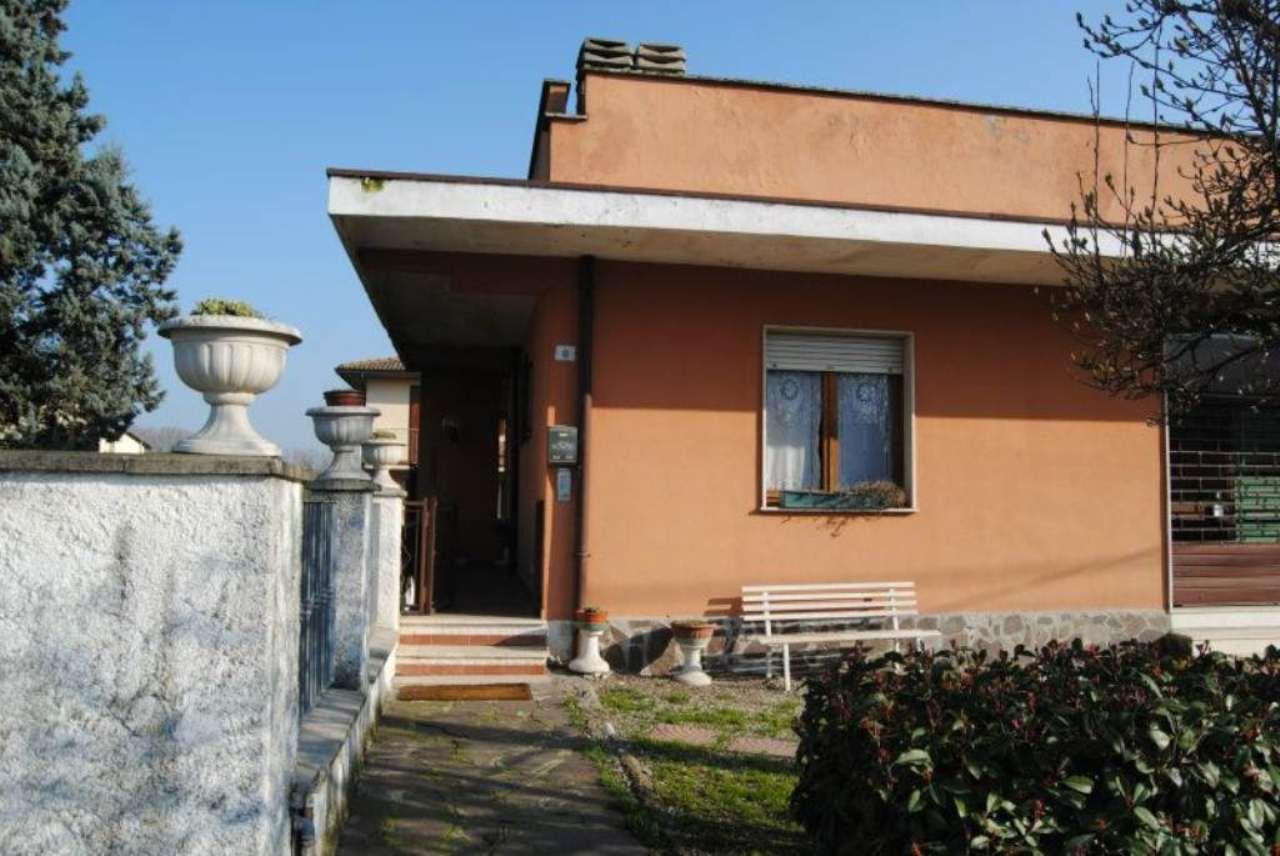 Villa in vendita a Gombito, 6 locali, prezzo € 155.000 | Cambio Casa.it