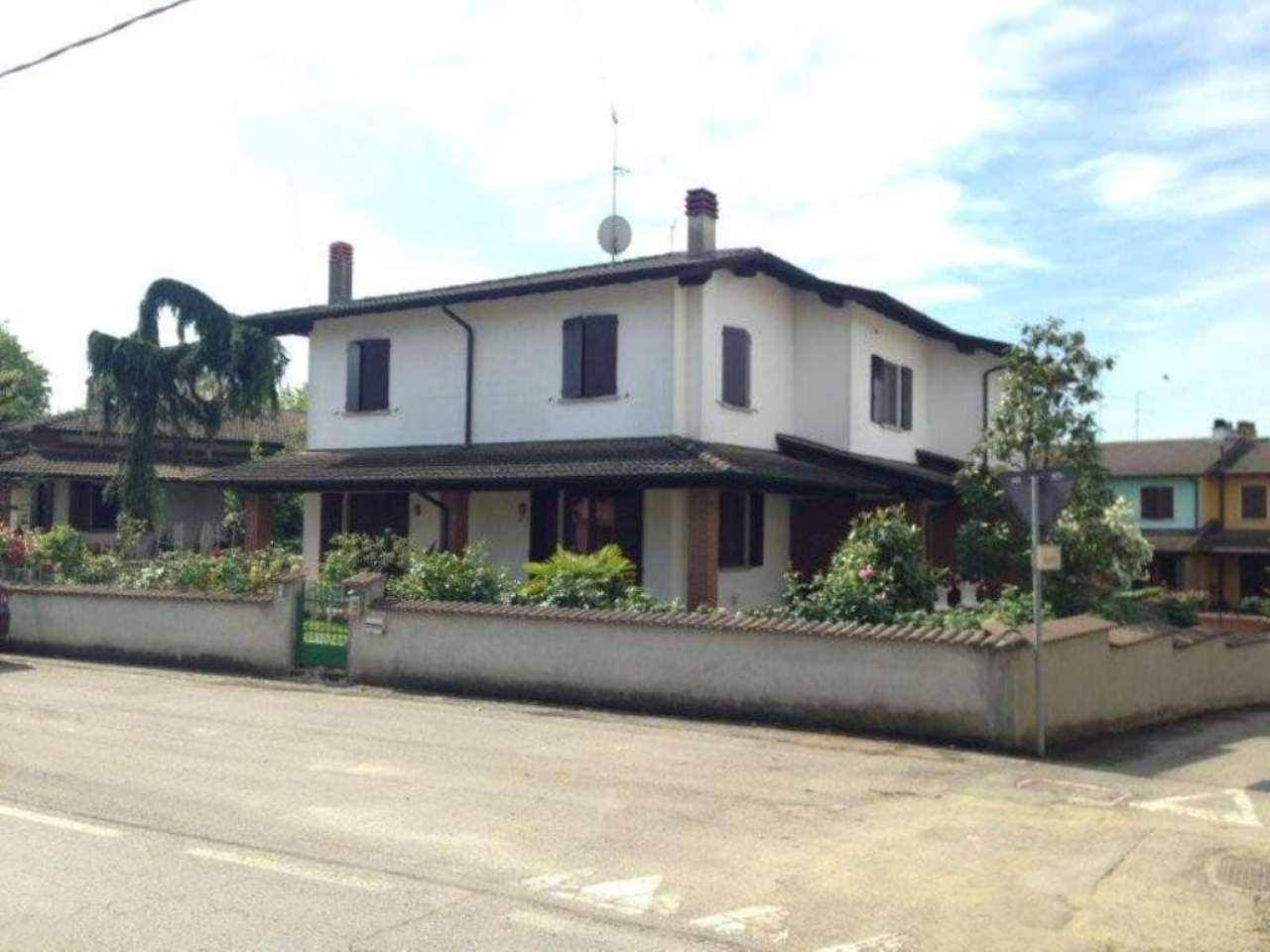 Villa Tri-Quadrifamiliare in vendita a Gombito, 4 locali, prezzo € 169.000 | Cambio Casa.it