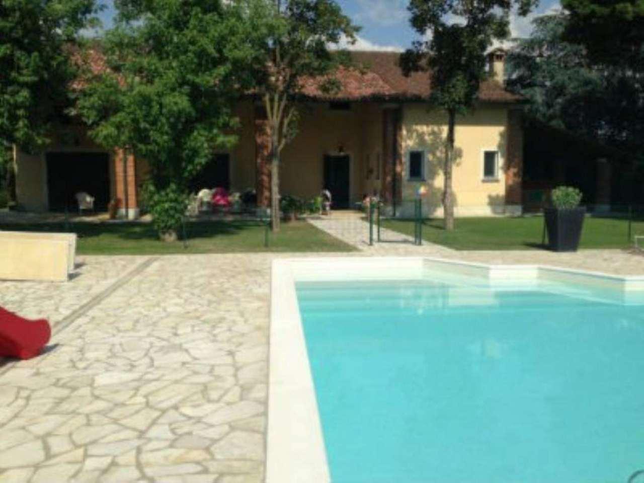 Rustico / Casale in vendita a San Donato Milanese, 9999 locali, Trattative riservate | Cambio Casa.it