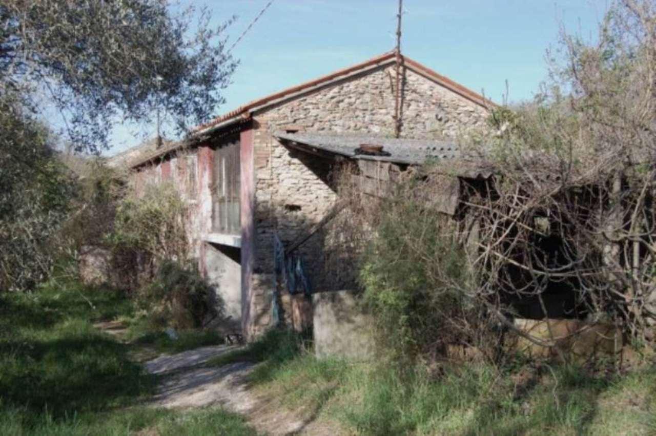 Rustico / Casale in Vendita a Baone