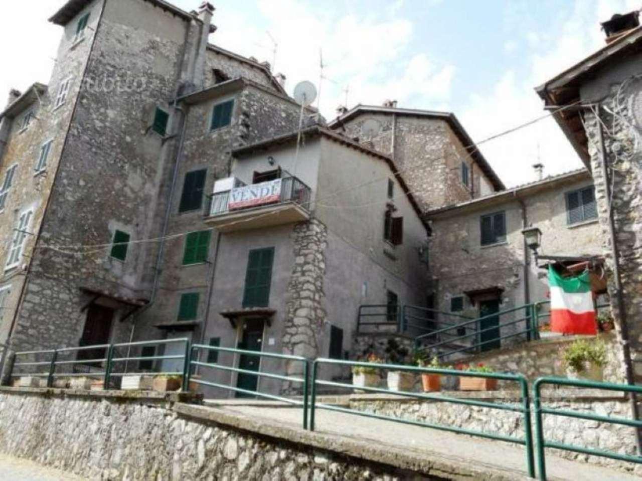 Soluzione Indipendente in vendita a Capranica Prenestina, 2 locali, prezzo € 45.000   Cambio Casa.it