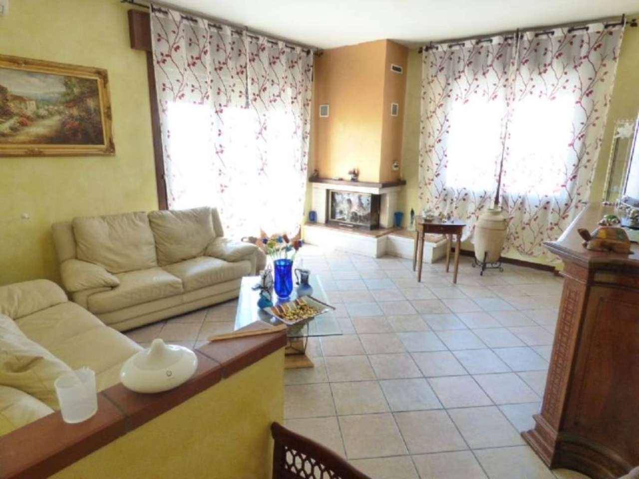 Soluzione Indipendente in vendita a Rubano, 5 locali, prezzo € 320.000 | Cambio Casa.it