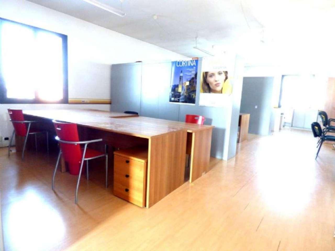 Ufficio / Studio in affitto a Limena, 5 locali, prezzo € 1.100 | Cambio Casa.it