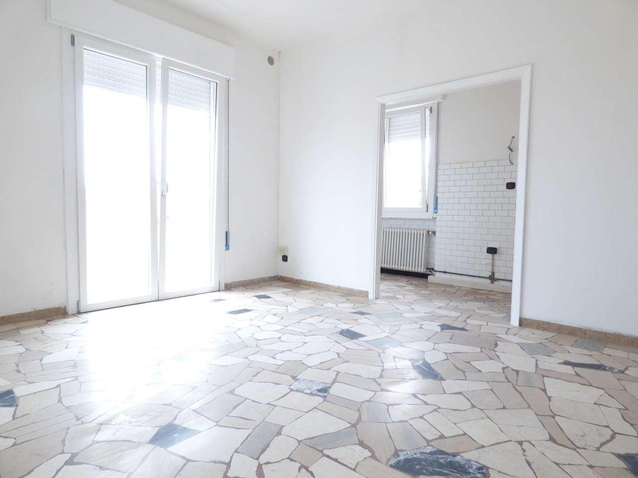 Appartamento in affitto a Selvazzano Dentro, 3 locali, prezzo € 580 | CambioCasa.it