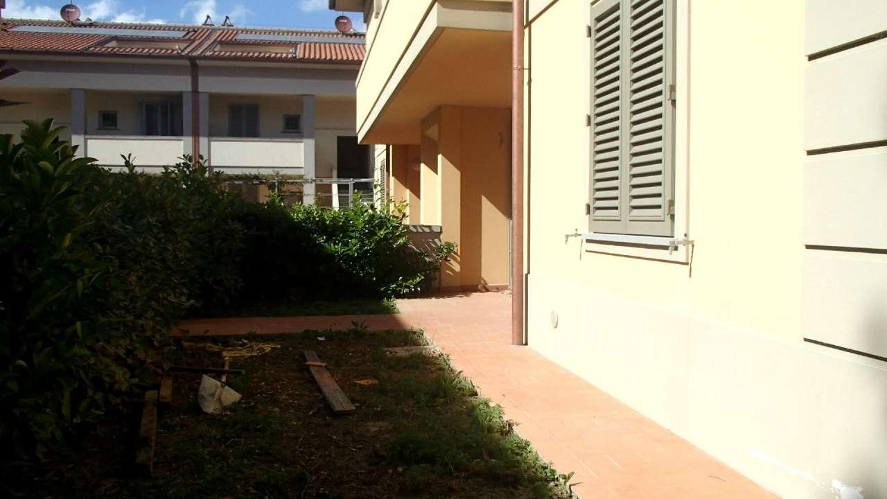 Bilocale Firenze Via Pistoiese 4