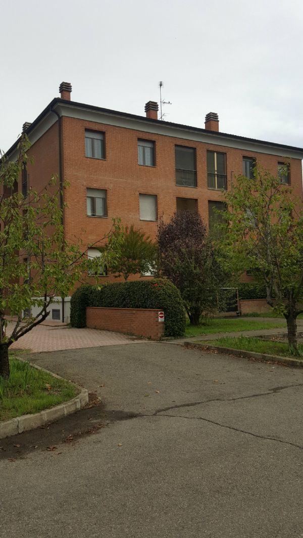 Appartamento in vendita a Castelfranco Emilia, 4 locali, prezzo € 135.000 | Cambio Casa.it