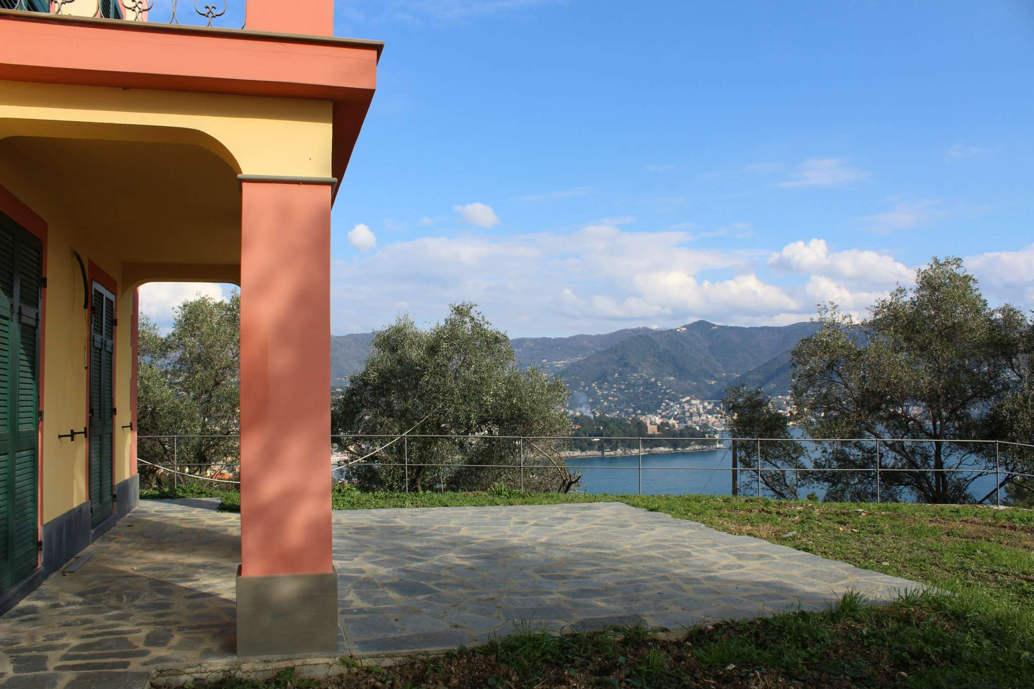 Villa in affitto a Santa Margherita Ligure, 9 locali, prezzo € 7.000 | Cambio Casa.it