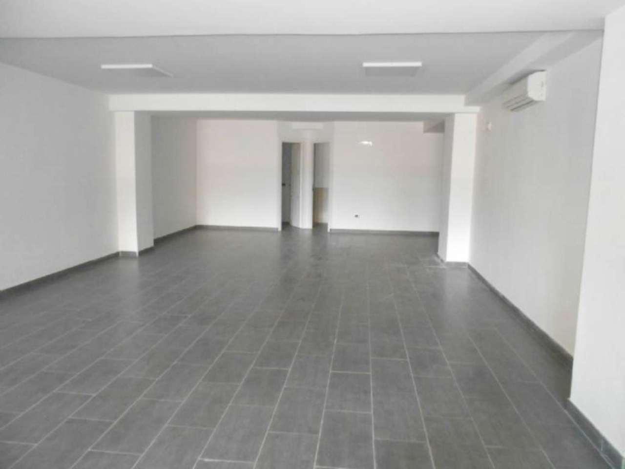 Ufficio / Studio in vendita a Napoli, 9999 locali, zona Zona: 1 . Chiaia, Posillipo, San Ferdinando, prezzo € 360.000 | Cambio Casa.it