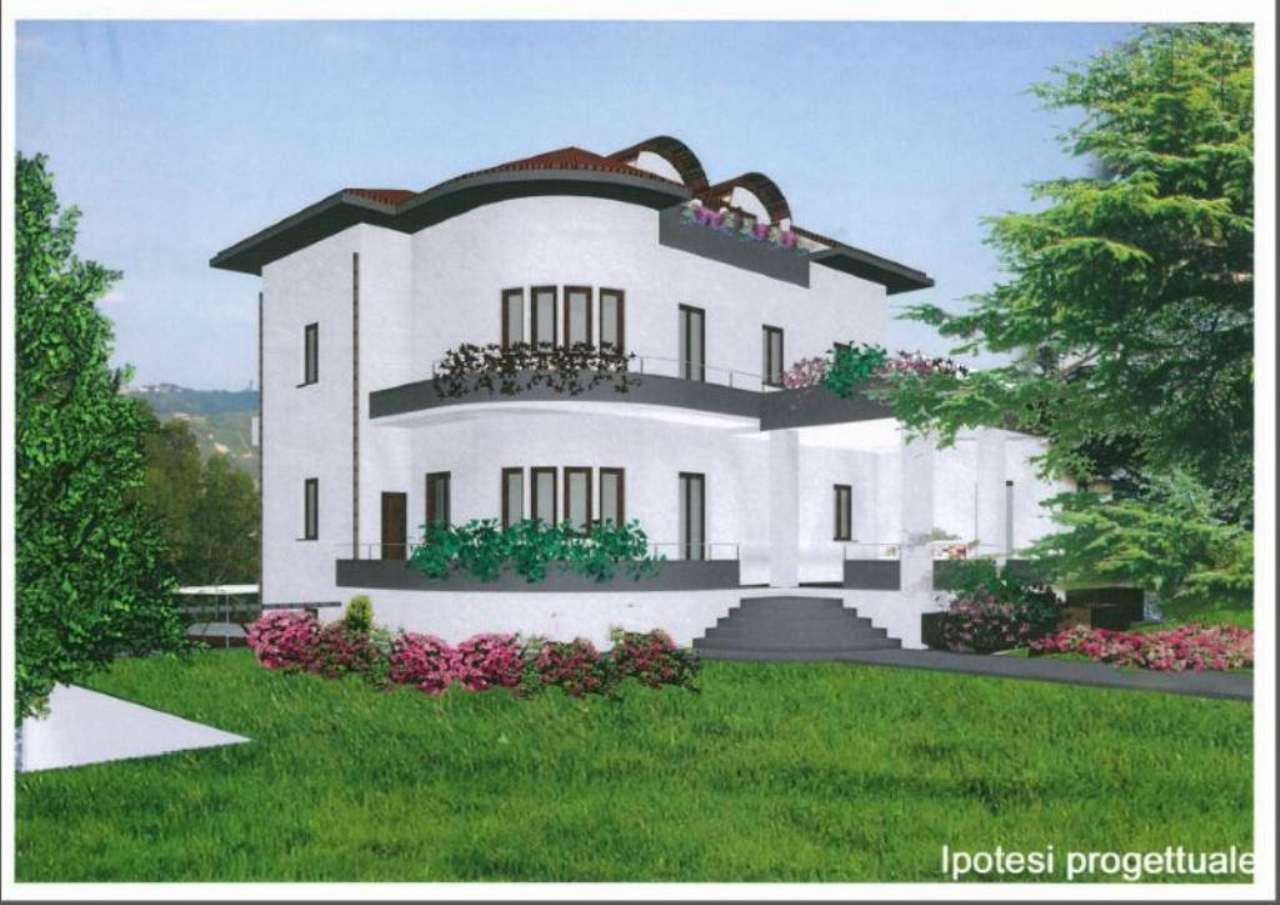 Villa in vendita a Cassano Magnago, 10 locali, Trattative riservate | Cambio Casa.it