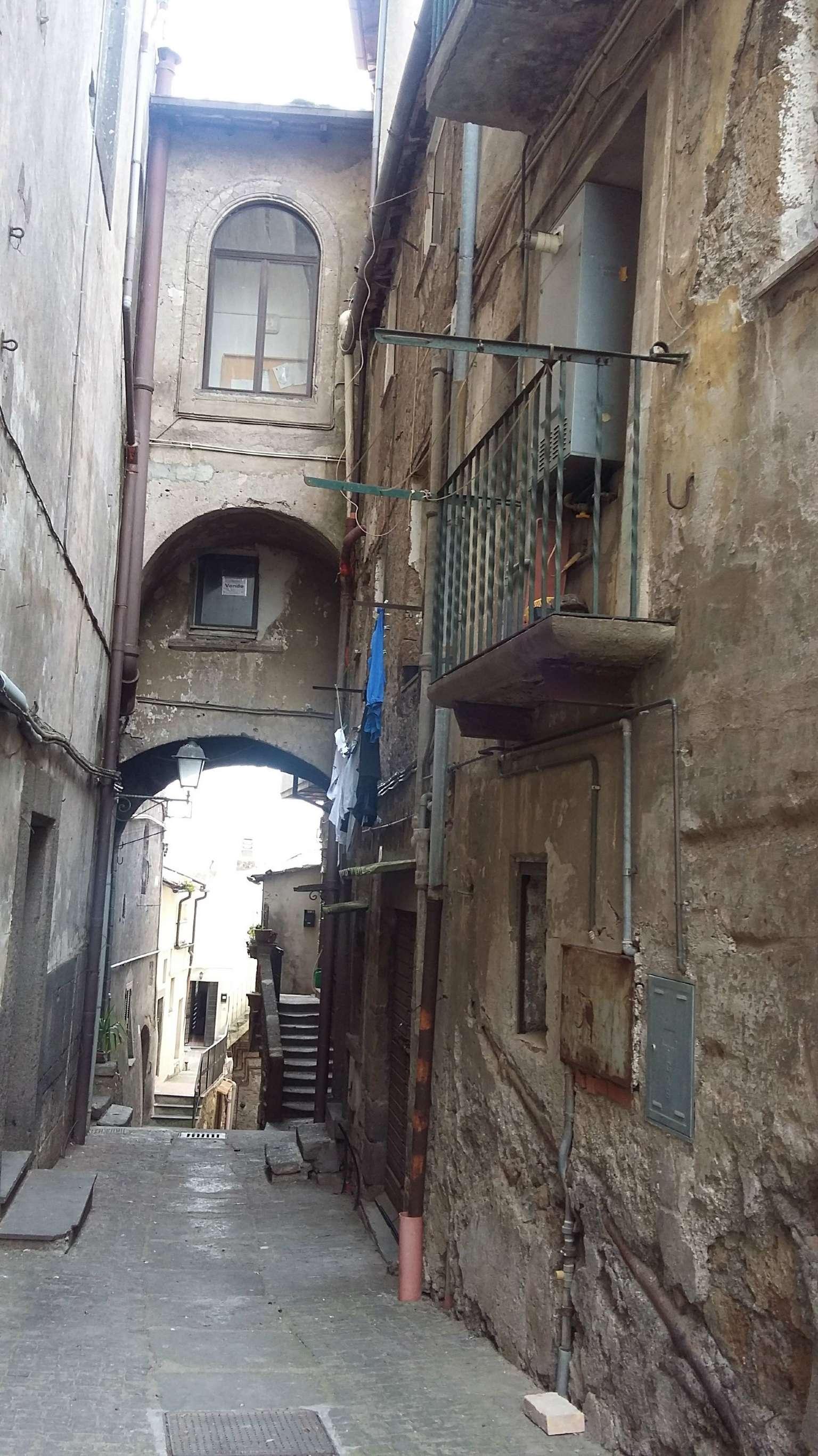 Appartamento in vendita a Vetralla, 2 locali, prezzo € 62.000 | CambioCasa.it