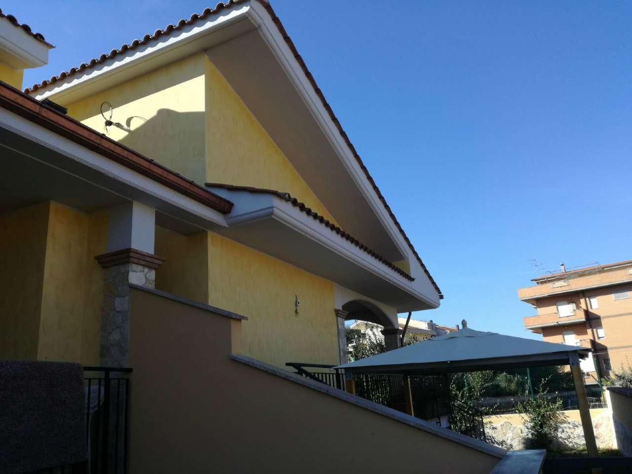 Soluzione Indipendente in vendita a Roma, 5 locali, zona Zona: 41 . Castel di Guido - Casalotti - Valle Santa, prezzo € 350.000 | CambioCasa.it