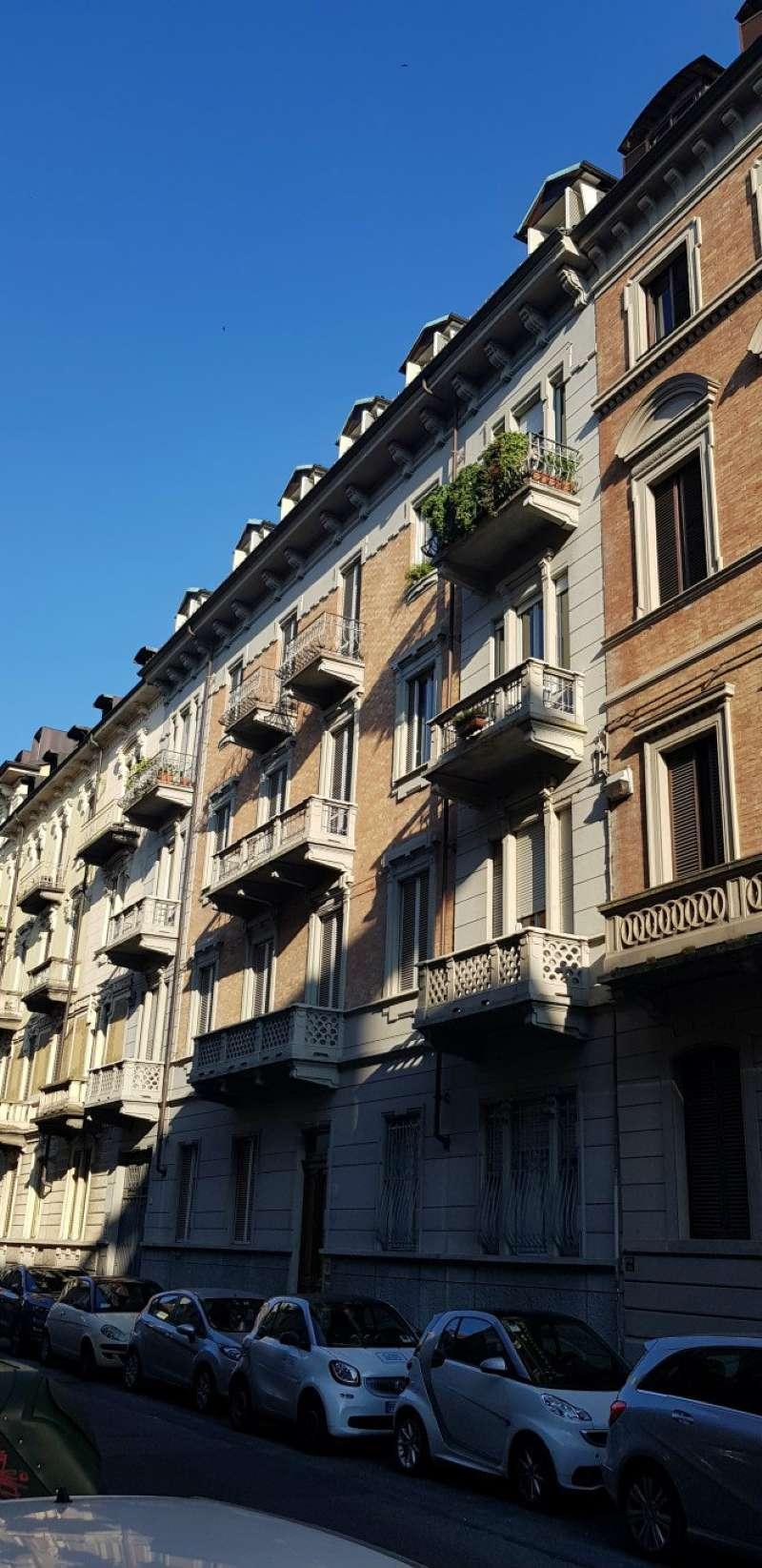 Foto 1 di Bilocale via abate vassalli eandi 17, Torino (zona Cit Turin, San Donato, Campidoglio)