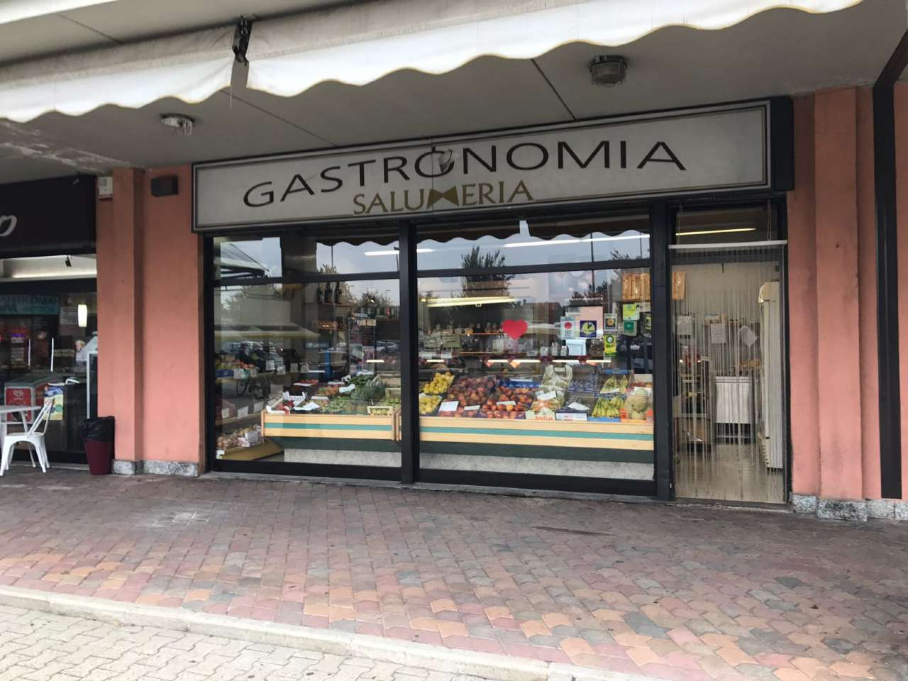 Negozio / Locale in vendita a Pianezza, 2 locali, prezzo € 88.000 | CambioCasa.it