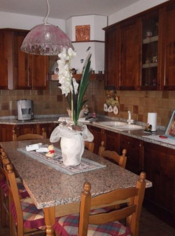 Villa in vendita a Campagna Lupia, 4 locali, prezzo € 360.000 | Cambio Casa.it
