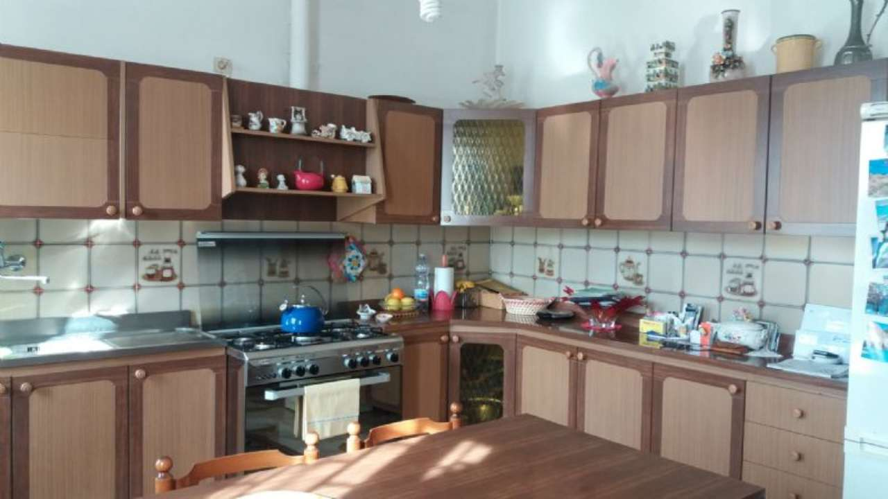 Villa in vendita a Pianiga, 4 locali, prezzo € 220.000 | Cambio Casa.it