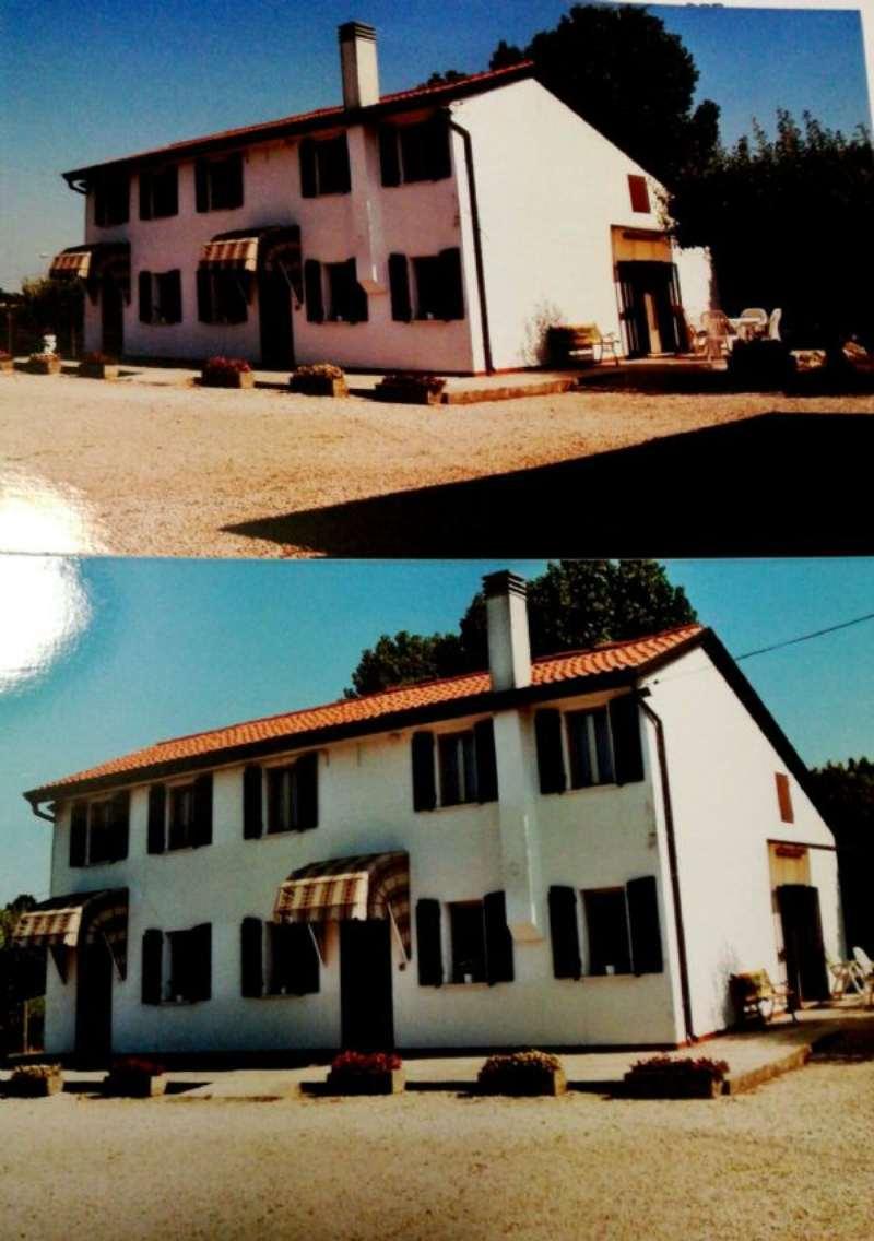 Rustico / Casale in Vendita a Campagna Lupia