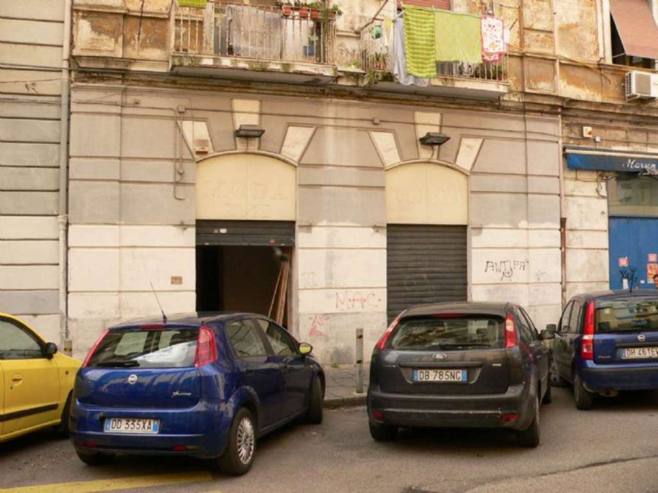 Negozio / Locale in Vendita a Napoli