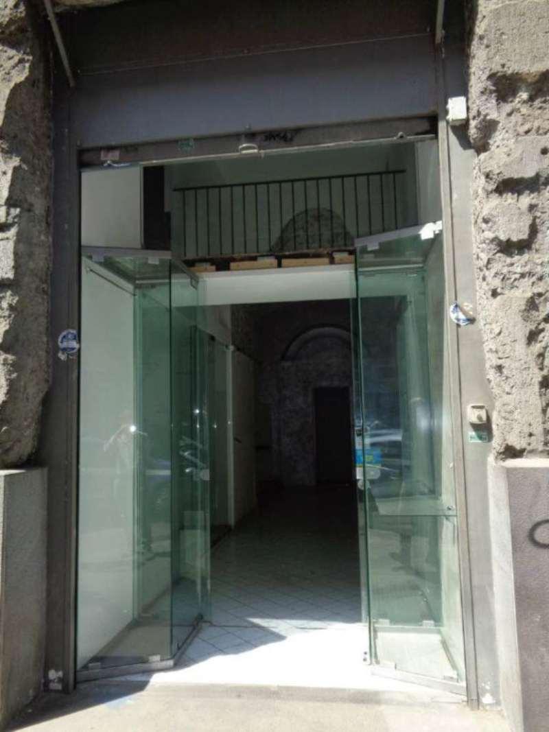 Negozio / Locale in vendita a Napoli, 2 locali, zona Zona: 4 . San Lorenzo, Vicaria, Poggioreale, Zona Industriale, Centro Direzionale, prezzo € 250.000 | Cambio Casa.it