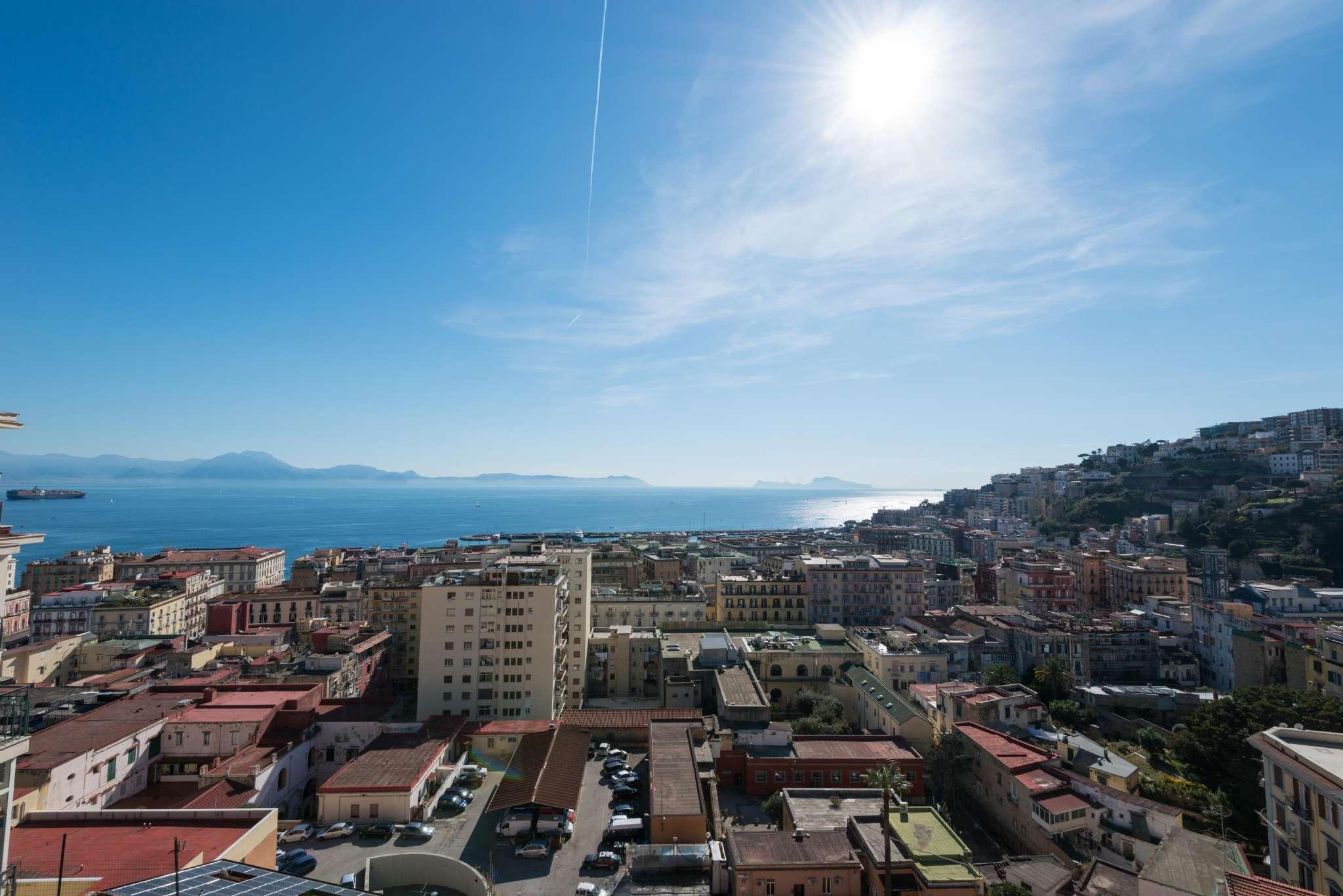 Attico / Mansarda in vendita a Napoli, 6 locali, zona Zona: 1 . Chiaia, Posillipo, San Ferdinando, prezzo € 1.200.000 | CambioCasa.it