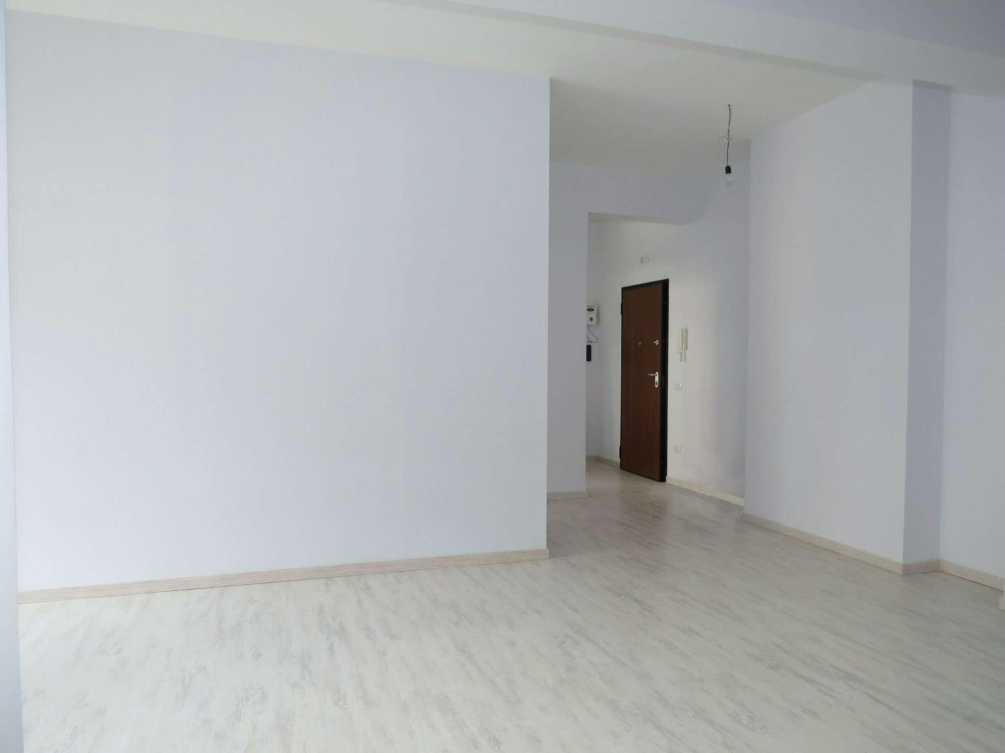 Appartamento in affitto a Napoli, 3 locali, zona Zona: 1 . Chiaia, Posillipo, San Ferdinando, prezzo € 1.200 | CambioCasa.it